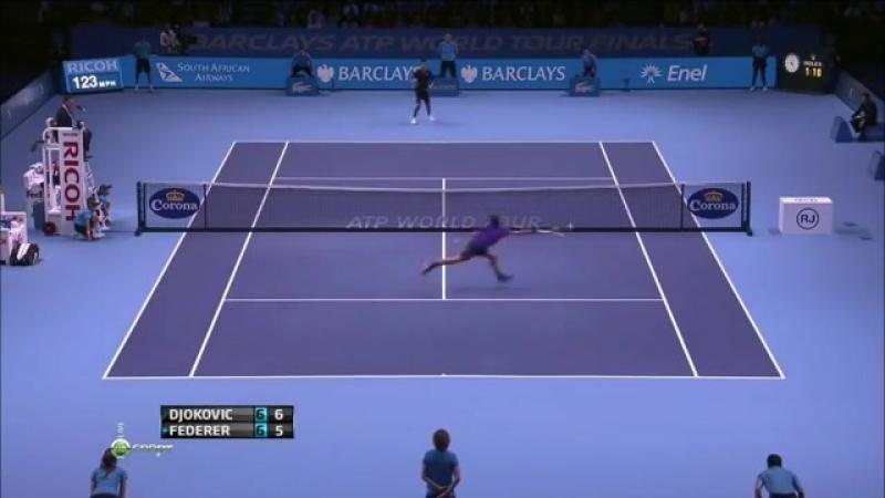 Ахуительный обводящий удар от Роджера Федерера в матче против Новака Джоковича