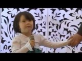 Pretty chines kid singing indian song