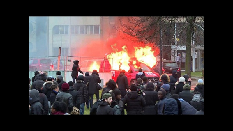 Bürgerkrieg in 5 Pariser Vororten Ausbreitung befürchtet Anwohner sollen zu Hause bleiben