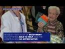 86-летний дедушка шьет шапки для недоношенных детей