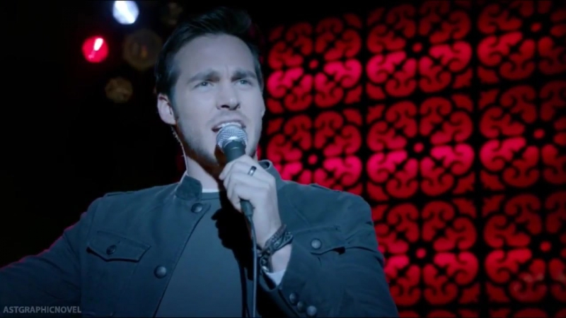 The Vampire Diaries 8x14 Kai sings Knoking on heaven's door