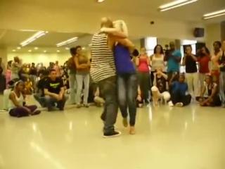 Удивительно прекрасный танец красивой пары – смотреть видео онлайн в Моем Мире Sanat Issakov.mp4