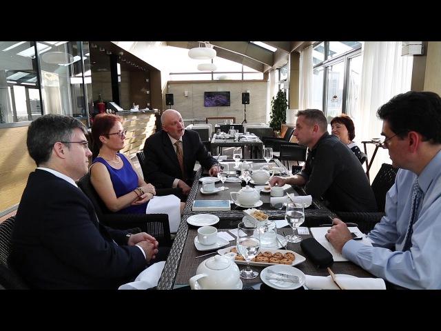 Посол Марі Йованович зустрілася з Сергієм Жаданом