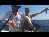 Елена Летучая вместе со своим мужем на рыбалке в Коста-Рике