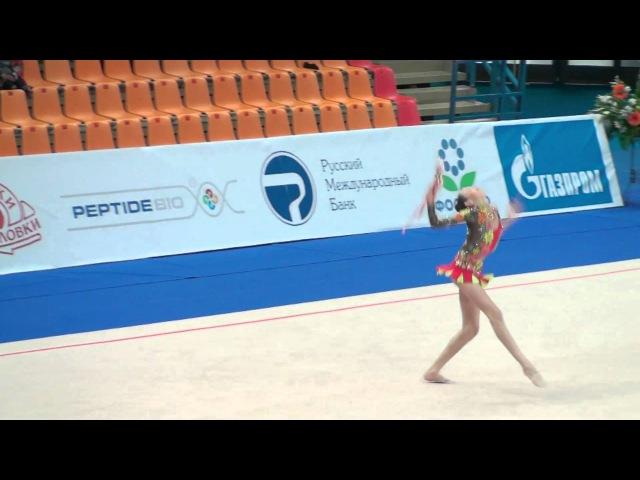 Дарья Лазарчук - булавы (командное многоборье) Гран-при Москва 2011