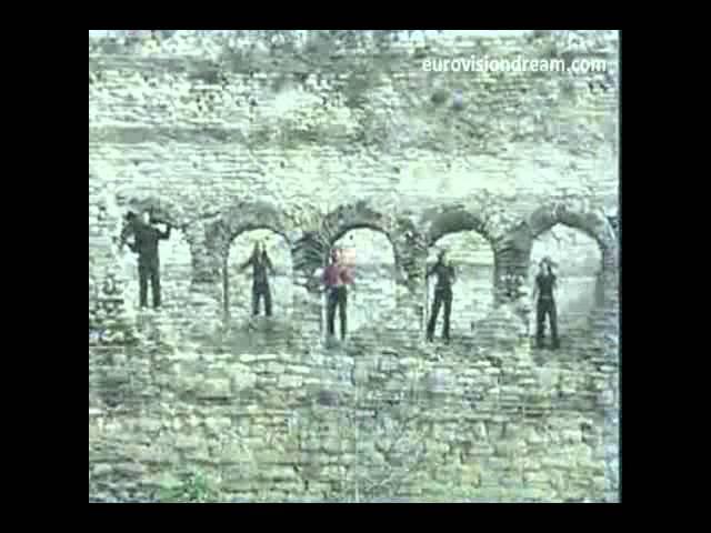 Buket Bengisu - Leylaklar Soldu Kalbinde (Eurovision 2002 Video Klip]