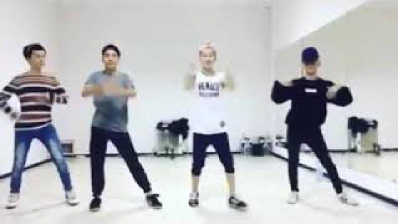Q-pop группа Madmen.Смешные и милые моменты,part1.FanVideo