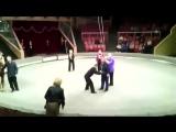 Юмор. Пьяный мужик устроил представление в цирке Луганска