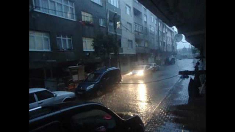 şusan istanbulda yağmur