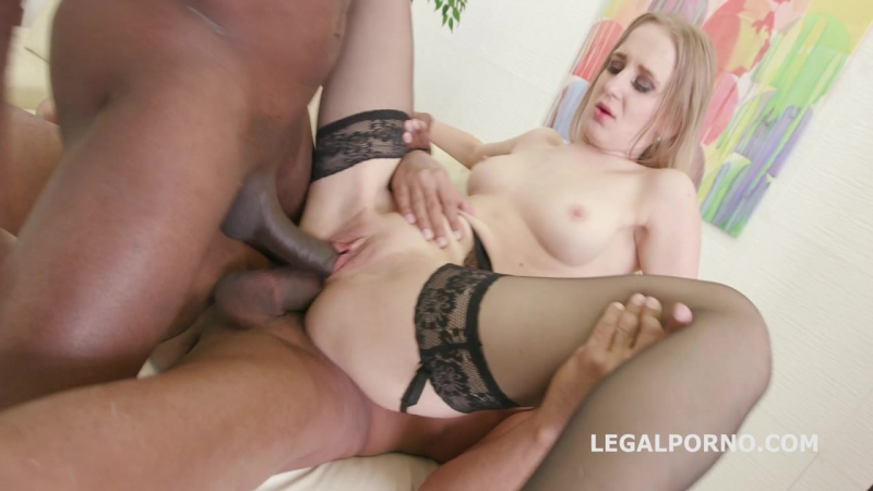 Welcome in Porn with BBC and DAP. Emily Ross first time on stage. DP DAP ROUGH ORAL