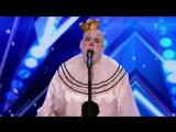 Клоун удивляет зрителей исполнением Sias - Chandelier на шоу талантов (VHS Video)