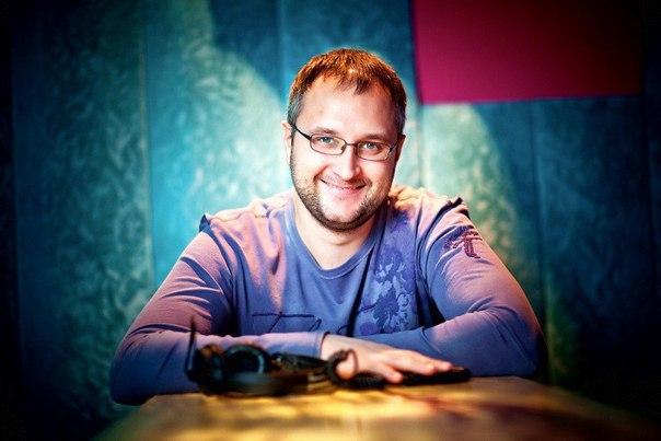 2508 сб - DJ Макс ИСАЕВ в ресторане Баклажан