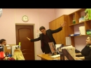 Алексей Трофимов человек-оркестр. Пьяная улица в Учебном отделе МГИМ. 08.03.2013 г.