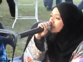 прекрасный голос 👍👍👍👍👍