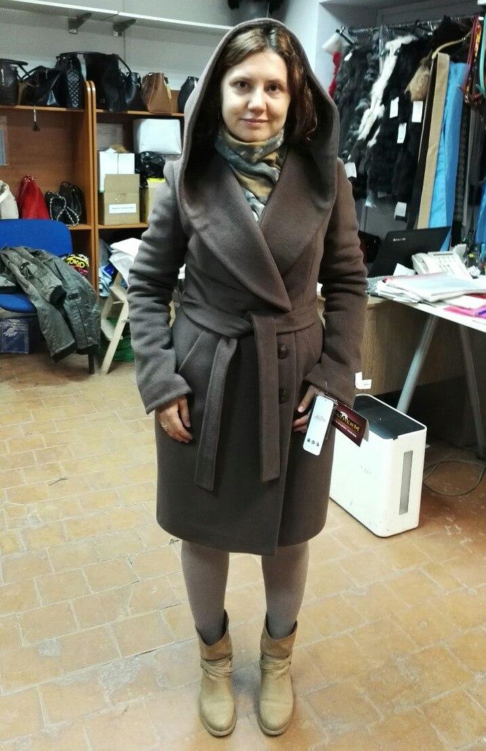 669e65571e80 Помогите советом Вчера ездила в шоу-рум от фабрики, смотрела пальто.
