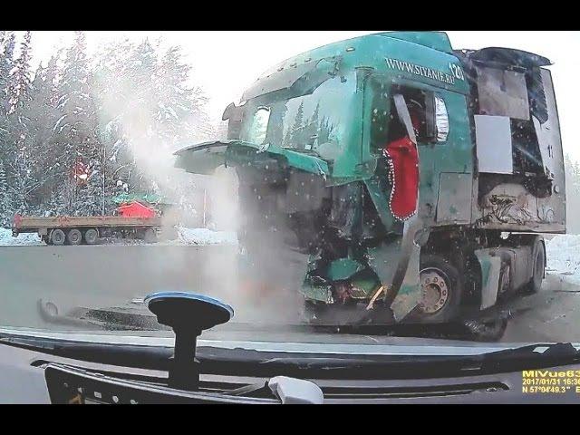Tragic truck accident in Russia / Truck crash compilation
