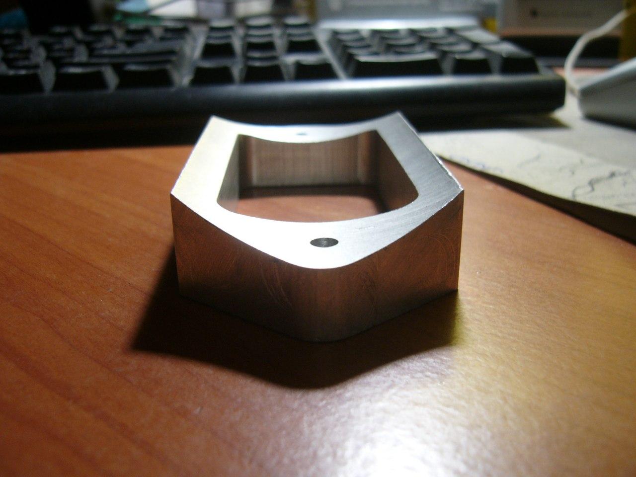UxXLT95fp88.jpg