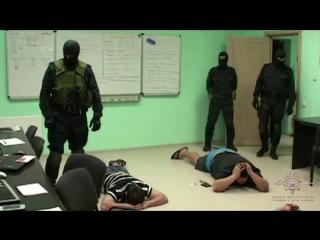 Костромские полицейские направили в суд уголовное дело в отношении злоумышленников, которые нелегально зарабатывали на обналичив