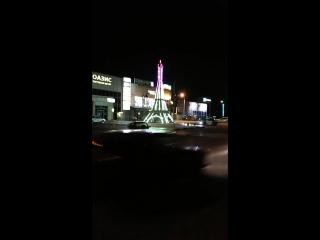 как светится ночью башня в Кропоткине