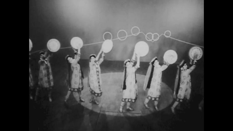 ★ Таджикский танец девушек с дойрами