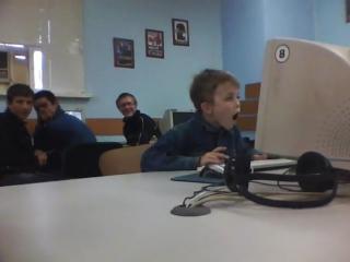 Электорат Навального за просмотром фильма