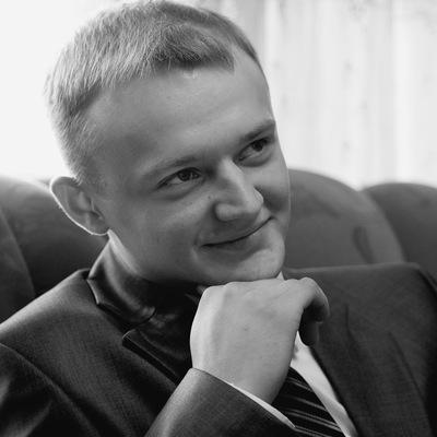 Илья Комeров