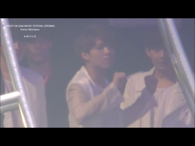 150327 HKAMF wh opening freestyle dance