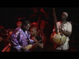 Bassekou Kouyaté Seckou Keita - Al Ajahleh (feat. The Orchestra of Syrian Musicians)