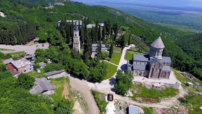 Грузия 2017 Сигнахи, Алазанская долина, монастырь Бодбе