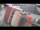Не надо было подрезать грузовик с щебнем