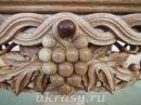 Резьба по дереву Виноградная гроздь на угловую полку для икон Виноградная лоза