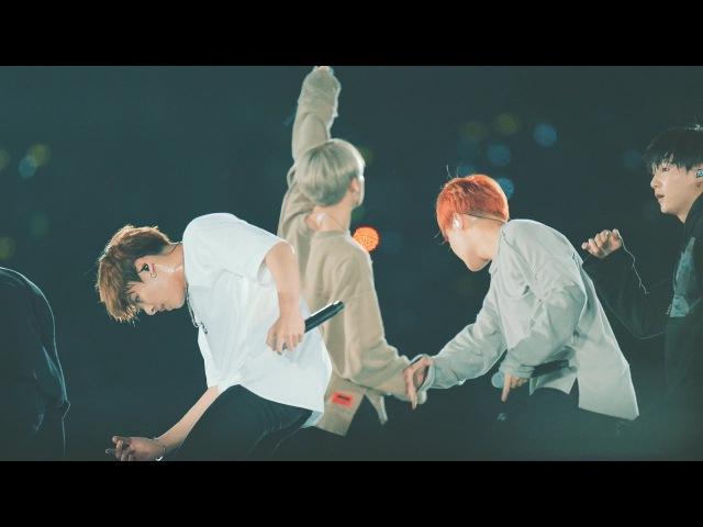 [4k Fancam/직캠] 161001 손떨림 짤림 BTS(방탄소년단) _ DOPE(쩔어) Back Side@부산원아시아 개막식