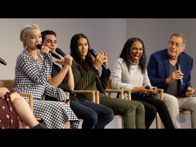 Descendants 2 Cast Interview with Dove Cameron Cameron Boyce Booboo Stewart China Anne McClain