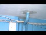 В доме на проспекте Строителей побелили потолок при протекающей крыше