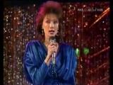 Ольга Зарубина - На теплоходе музыка (реставрация) - YouTube_0_1456978222352
