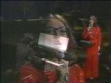 Nana Mouskouri - He Moved Through the Fair