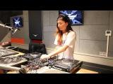Lady Waks In Da Mix #419 (01-03-2017)