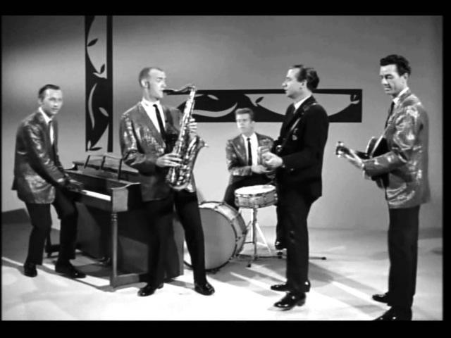 Bill Black's Combo's Performance in Teenage Millionaire (1961): Smokie Part 2 Yogi