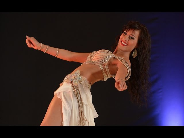 JASIRAH Bellydancing - Drum Solo 350.000 Views This Girl She is insane ! Subscribe