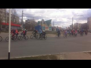 Движение колонны. Открытие велосезона 2017