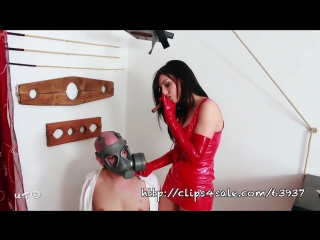 Xhamster.com_5684592_gas_mask_smother_720p