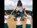 【Lift and Carry】Japanese girls shoulder lift - YouTube (480p)
