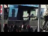 Demi Lovato ensaiando Toothbrush com a DNCE pro show de hoje em Los Angeles