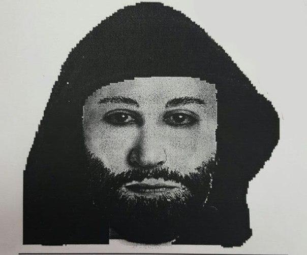 Бородатый грабитель с ножом напал на офис экспресс-кредитования в Волг