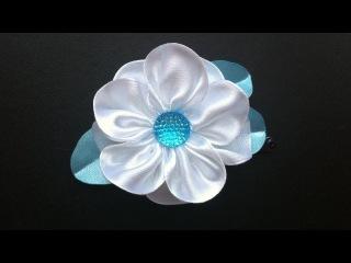 Украшение на заколку Канзаши / Зимний цветок