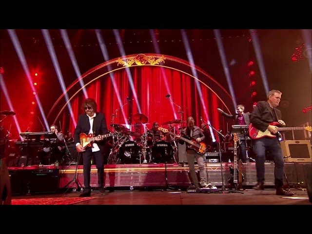 JEFF LYNNE'S ELECTRIC LIGHT ORCHESTRA- Live at Hyde Park 2014 017 Roll Over Beethoven