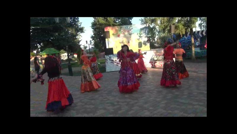 Ансамбль В Мире Танца - ЦЫГАНСКОЕ ВЕСЕЛЬЕ