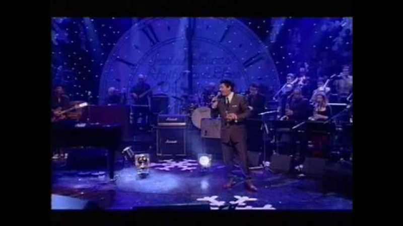 Dave Swift on Bass with Jools Holland backing Huey Morgan Fly Me To The Moon