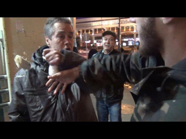 Лев Против - Алкоголем обливать и шаурмой кидать.