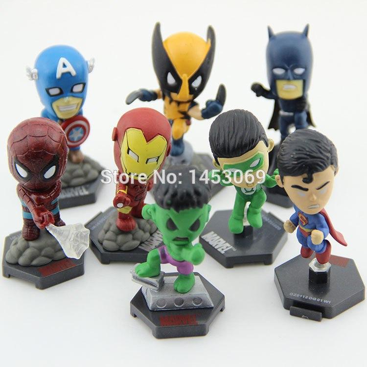 Комплект из 8-ми супергеройских фигурок